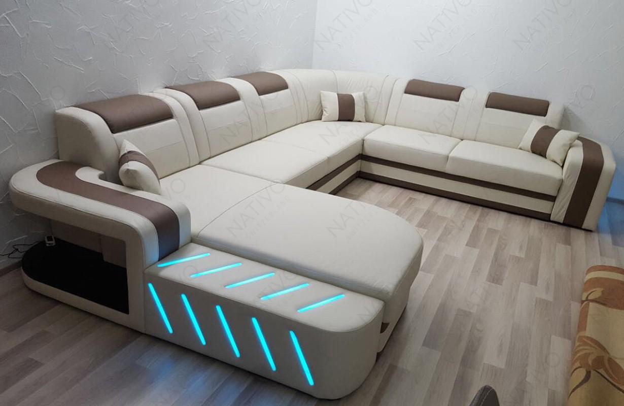 Divano di design con illuminazione a LED