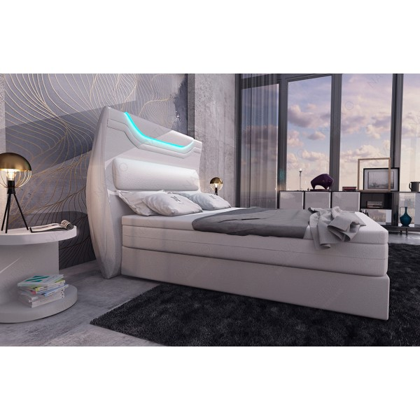 Poltrona di design IMPERIAL con illuminazione a LED NATIVO mobili Italia